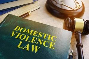 Rolling Meadows, IL criminal defense attorney domestic battery